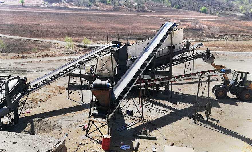 ji林时产200吨移动破碎站生产线