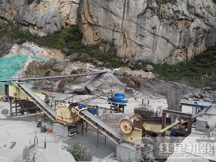 河bei廊坊时产200吨的制砂生产线ke户现场