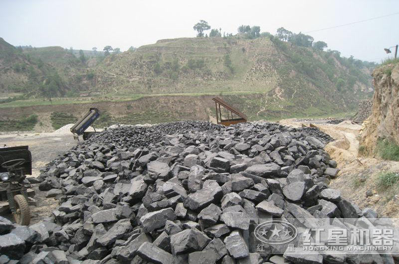 采煤changfei弃煤矸石